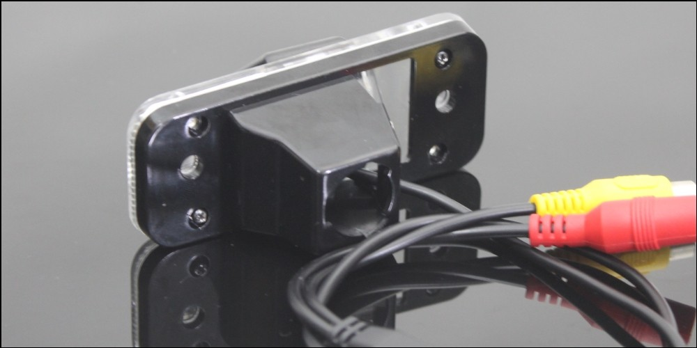 Car Camera For Hyundai Azera  Grandeur TG 2005~2011 High Quality Rear View Back Up Camera For Fans Use  RCA show 3