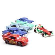 Disney Pixar Carros 2 3 Nova Iluminação McQueen SUV Mater Flo Jackson Tempestade 1:55 Diecast Liga de Metal Brinquedos Do Miúdo Brinquedos De Natal Melhor presente