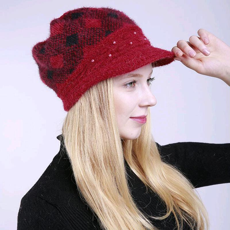 2017 New Winter fashion Warm Berets for women Mixed color plaid Knitted hat  velvet Pearl beanies peaked cap for girls-in Berets from Women s Clothing  ... ded41cc24e6