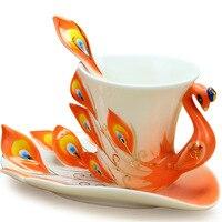 Venda quente Caneca de Café Pavão Xícara De Cerâmica Criativa Osso China 3D Animal Esmalte Da Porcelana Jogo de Chá Pires Colher de Presente de Natal 175 ml