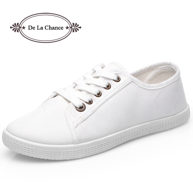 2016 Fashion Women Canvas Shoes Low Breathable Women Solid Color Flat Shoes Casual Black White Leisure Cloth Shoes Size 36-40