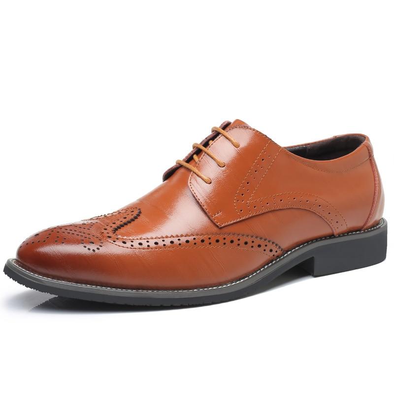 цены на Gentleman Oxford Shoes Men's Dress Business Party Shoes Casual High Quality Brogue Lace Up Summer Oxford Male Plus Size 38-47 в интернет-магазинах