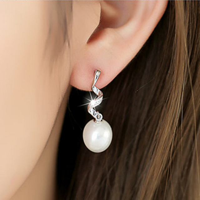 2018 New Korean Style 925 Sterling Silver Real Pearl Earrings Fashion Geometry Spiral For Women