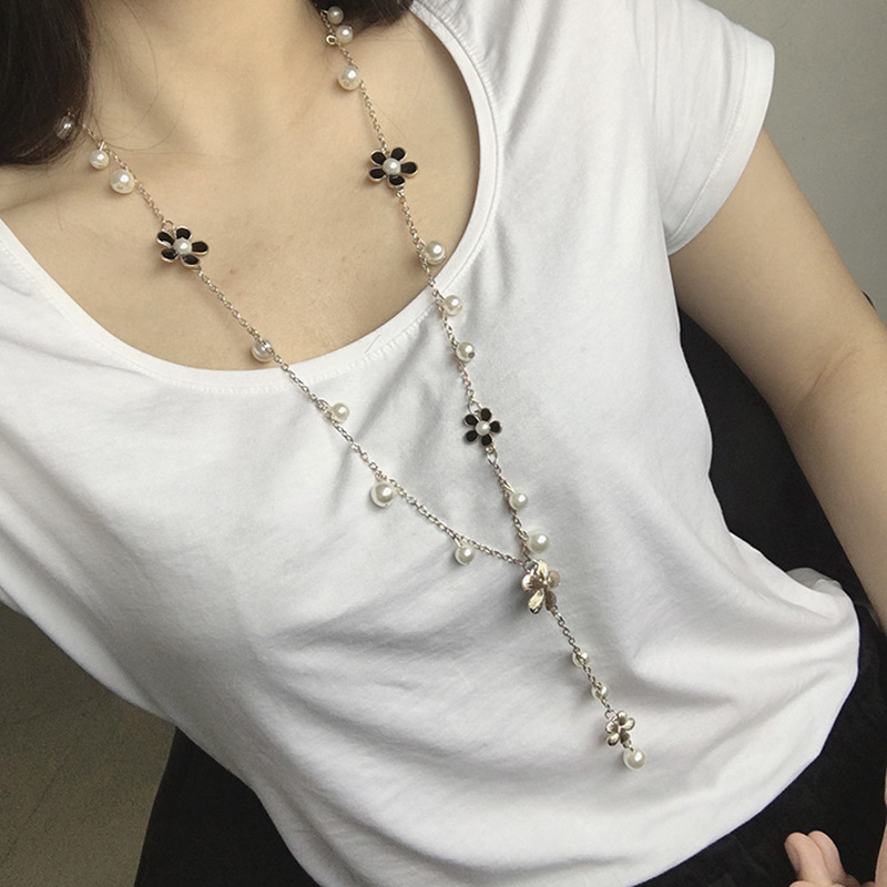 2018 New Arrivals Fashion Five leaf flowers Plum flower Beaded Strand Sweater Chain Long Statement Necklaces For Women Jewelry