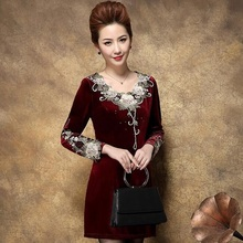 2017 Autumn Middle-aged Women Plus Size Velvet Dress Long Sleeve Embroidered Print Dresses Elegant Slim Party Dress Vestidos C66