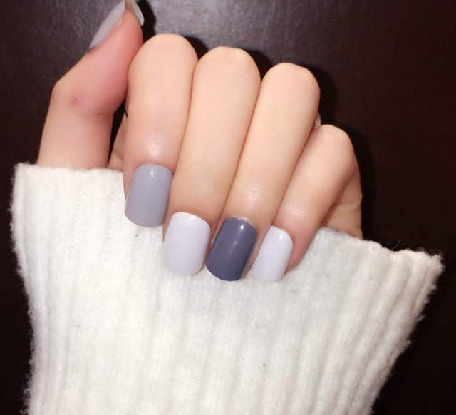 Blue Grey White Cute Paint Line Fake Nails Art Tips Pre Designed