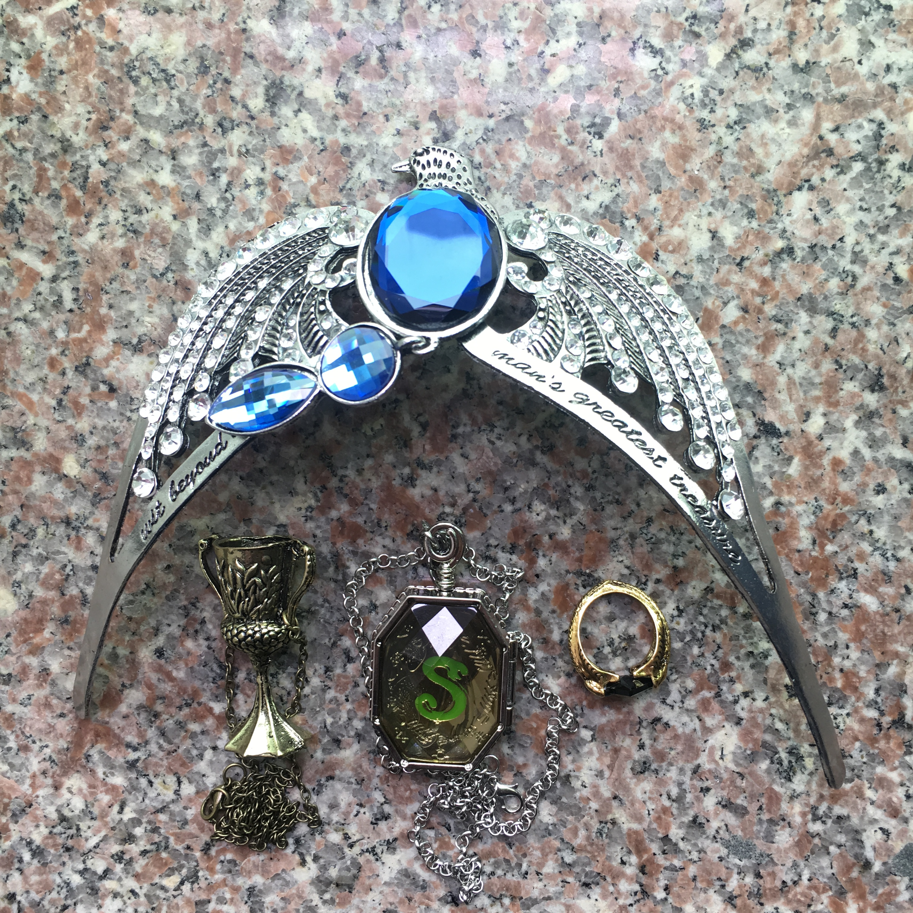 Big Marvolo Gaunt Ring Salazar Slytherin Locket Hufflepuff's Goblet Diadem Of Ravenclaw Voldemort Horcrux 4pcs Set Costume Props