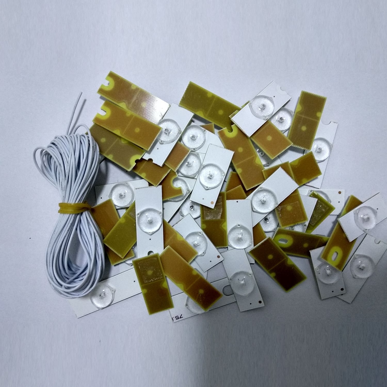 WISH-3V SMD Lamp Beads with Optical Lens Fliter for 32-65 inch LED TV Repair(20pcs 3V with Cable) the led clothing lights 3v 10 beads with magnet