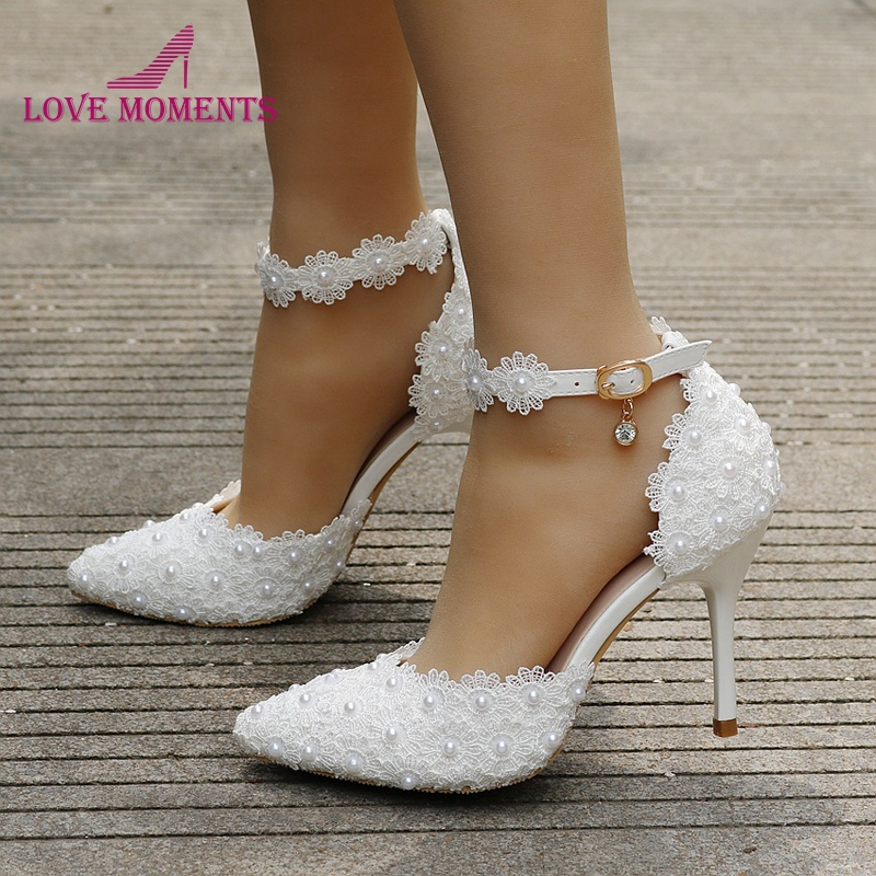 Wholesale White Lace Pointed Toe Bridal Dress Shoes Women Pumps Pointed Toe pompes pour femmes Ankle Straps bridesmaid Shoes-in Women's Pumps from Shoes    1