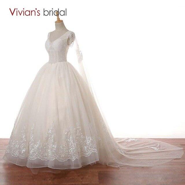 Vivian der Braut V ausschnitt Flügelärmeln Wulstige Spitze Ballkleid ...