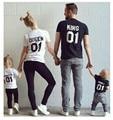Nueva Familia Algodón Camiseta A Juego Rey 01 Queen 01 Príncipe Princesa Impresión de la Letra Camisetas, Hombres/mujeres ocasionales amantes Tops Recién Nacido