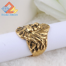 цена Mens Vintage Rings Lion Head Rings in Ancient gold color Metal Rock Punk Style Gothic Biker Men Jewelry
