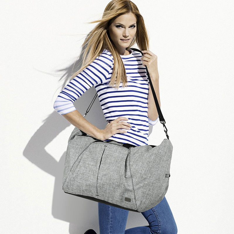Leisure Women Travel Bag Large Capacity Luggage Duffle Bag Waterproof Portable Travel Tote Bags Women Handbags Bolsas LKLL 8049-in Travel Bags from Luggage & Bags    1