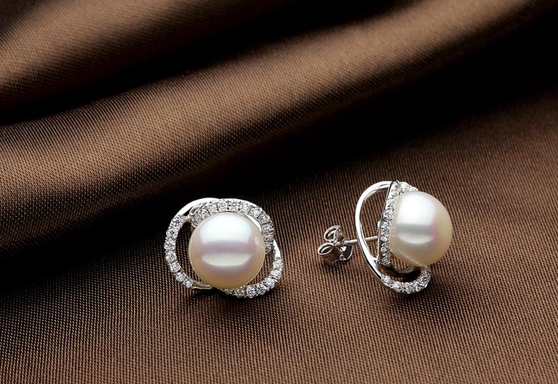 TZ10121WE silver pearl earring 3