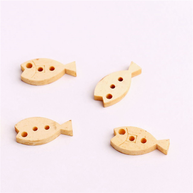 100pcs Natural Wooden Fish Buttons Color 20 10mm 3 Holes Cute Things