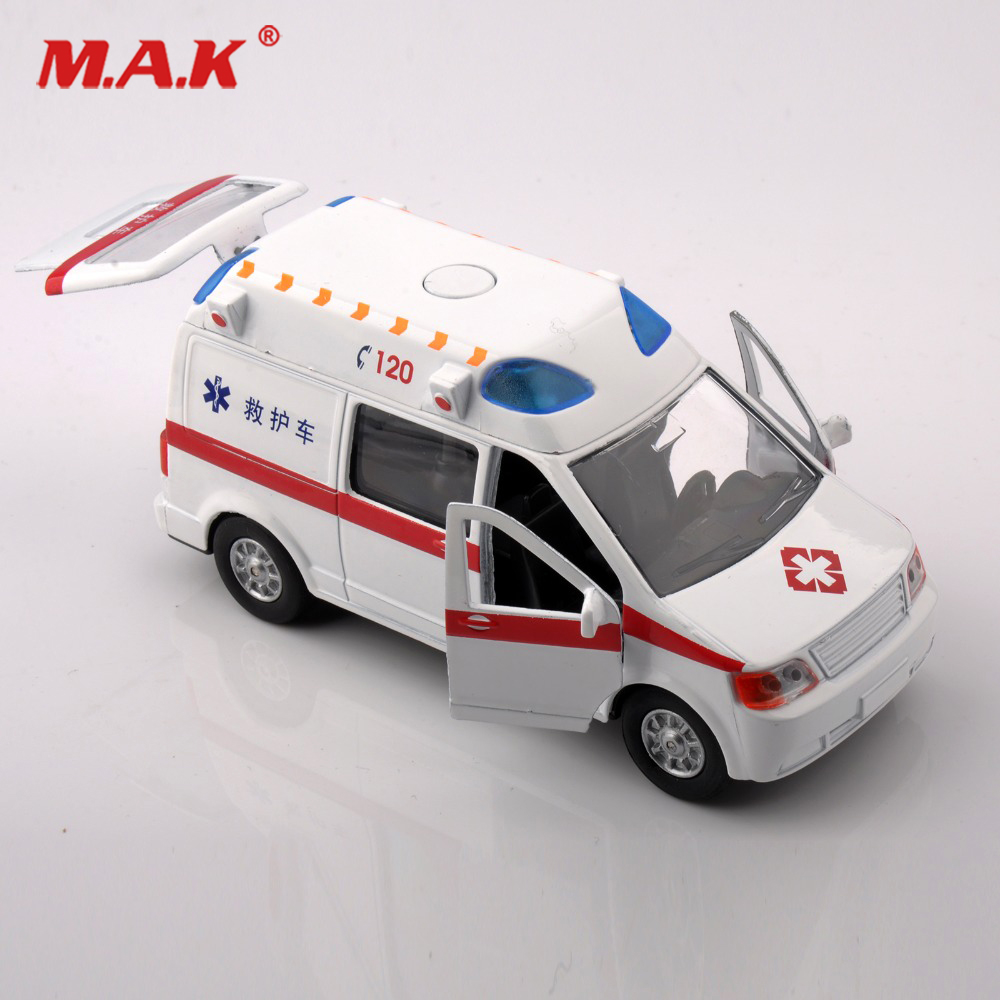 Kids Toys 1/32 Scale Diecast Alloy Model Car White Ambulance Medical vehicles Toys Model With Sound&Light