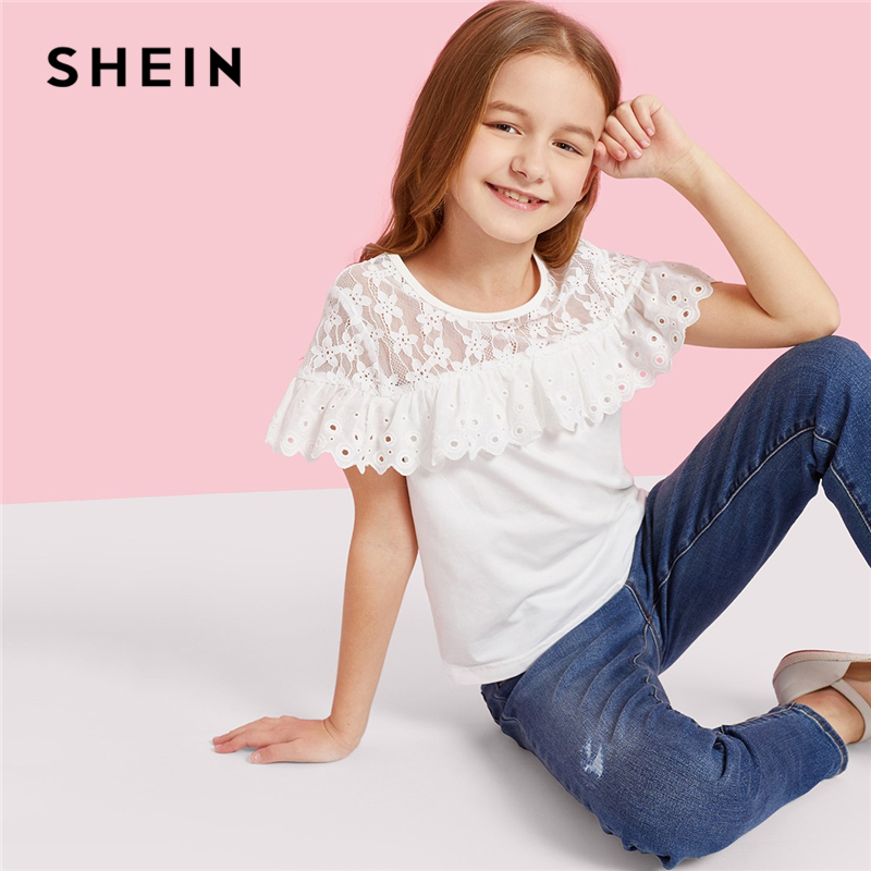 все цены на SHEIN Kiddie Girls White Lace Yoke Eyelet Embroidered Ruffle Trim Cute Blouse Kids 2019 Summer Short Sleeve Scallop Casual Tops