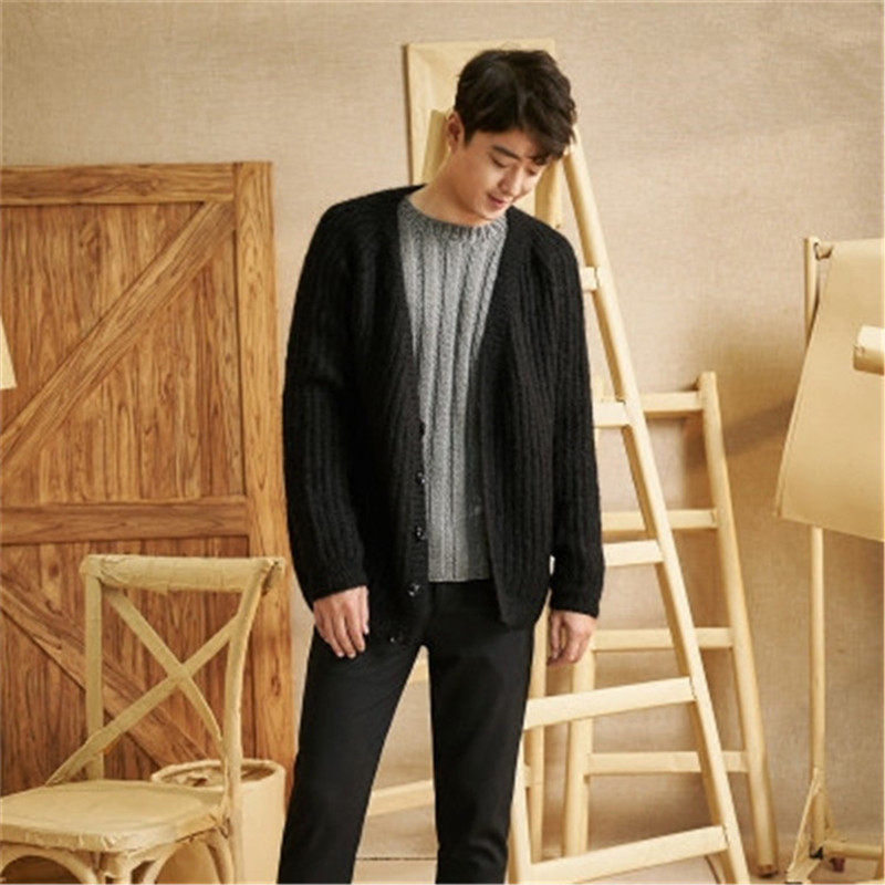 100% Hand Made Wool Blend Vneck Thick Knit Men Solid H-straight Loose Single Breasted Cardigan Sweater One&over Size