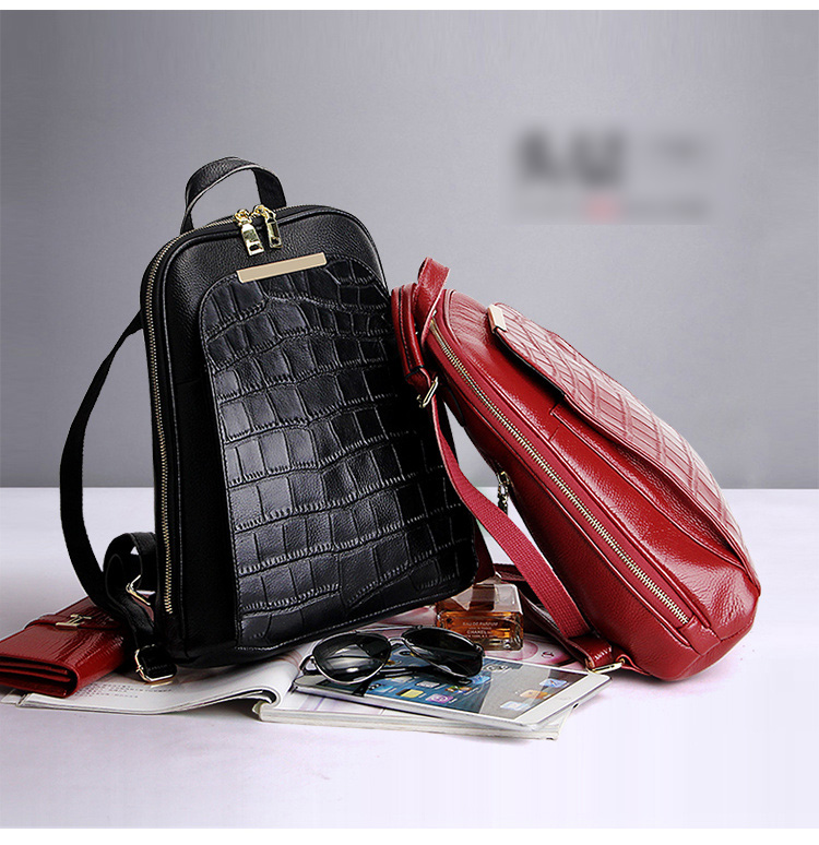 Genuine leather ladies' backpack in 3 colours