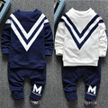 Conjuntos de Roupas de bebê 2016 Outono Inverno Quente Dos Desenhos Animados do bebê Set Calças casaco 2 Peças Bebê Recém-nascido Meninos Meninas Se Adapte Livre grátis