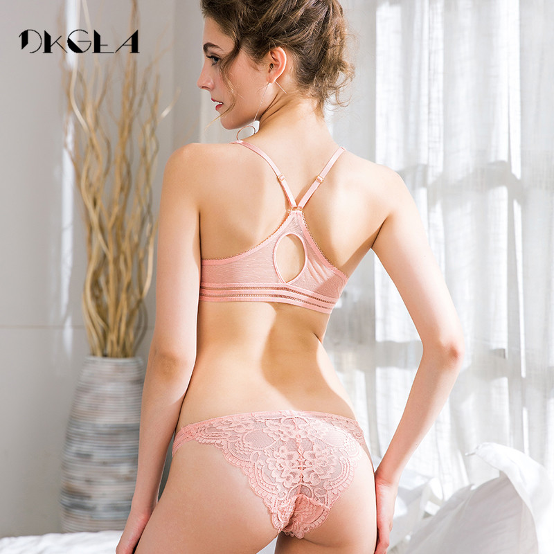 Europe Pink Women Underwear Set Sexy Ultrathin Front Closure Bra and Panties  Sets Embroidery Lingerie Set Lace Black Brassiere ce36d624e4
