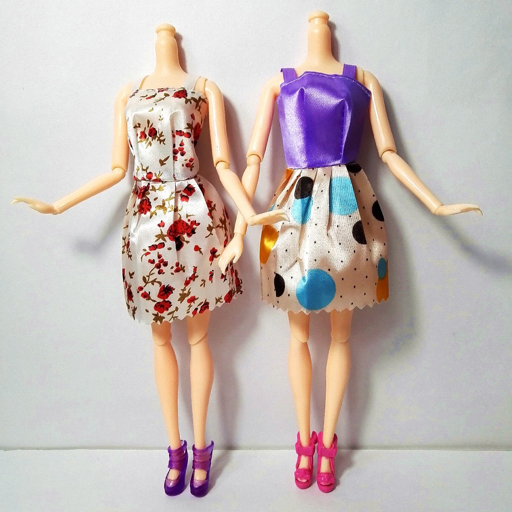 new-20-PCSset-Handmade-Party-12-Clothes-Fashion-Mixed-style-Dress-8-Pair-Accessories-Shoes-for-Barbie-Doll-Best-Gift-Girl-Toy-4