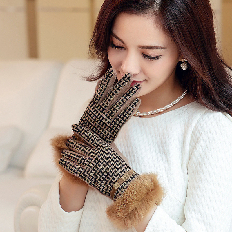 New Designer Brand Womens Gloves Wool Knitted Winter Gloves Hand Warmer Ladies Mitten For Girls Touch Screen For The Phone Pad