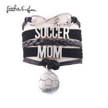 fdebeb8933 Pouco Minglou 7 cores Infinito amor pulseira de futebol soccer mom charme  de couro wrap pulseiras   pulseiras para mulheres jóia.