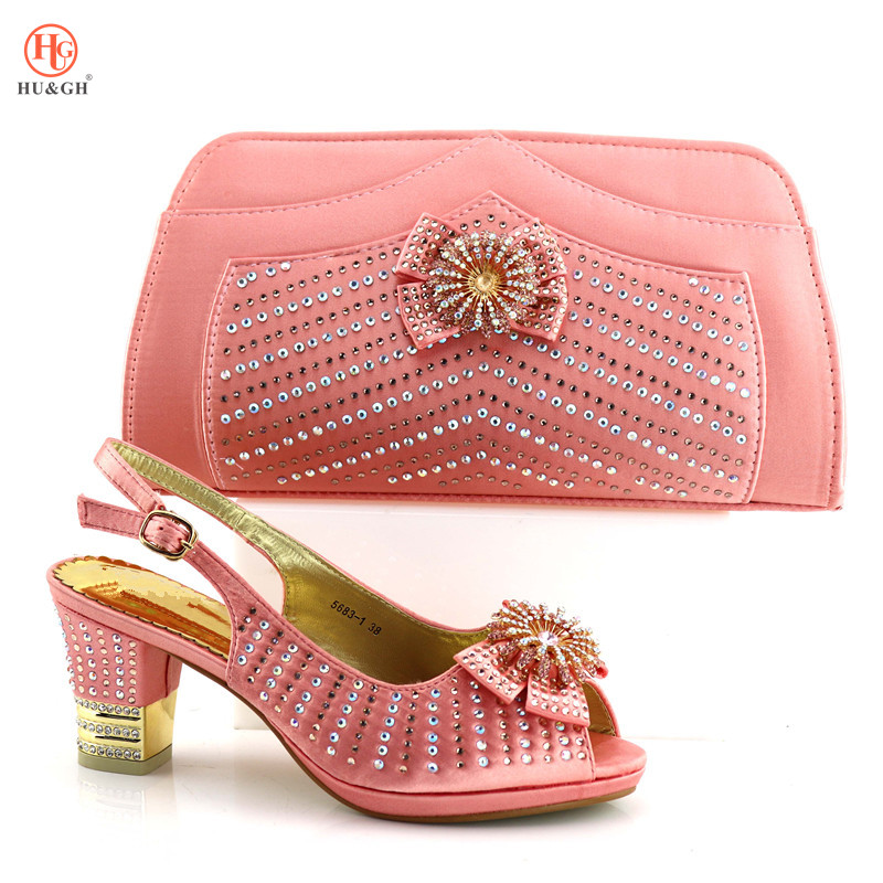 New Italian Peach Shoes with Matching Bags for Wedding Italy African Women Italian Shoes and Bag Set Decorated with Rhinestones цены
