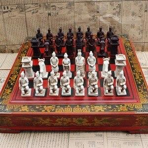 Image 1 - 新しい木製チェス中国のレトロな兵馬チェス木製古い彫刻樹脂駒特大チェスピースプレミアムyernea