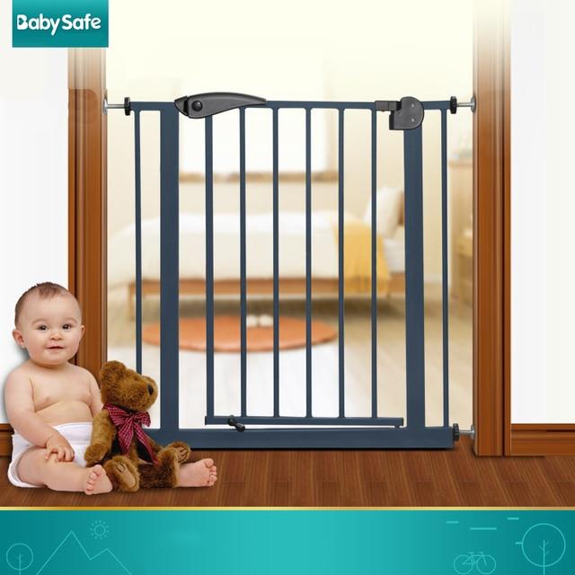 75 84cm Babysafe Child Safety Gate Baby Stair Fence Door Pet