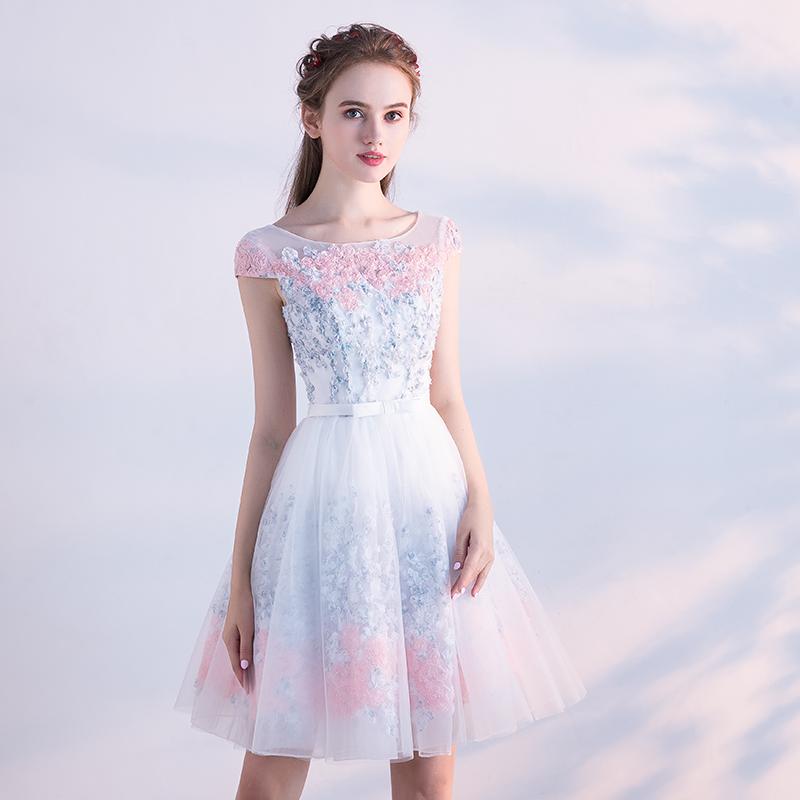 Elegant Tulle Lace Appliques A-Line Bridesmaid Dress 2