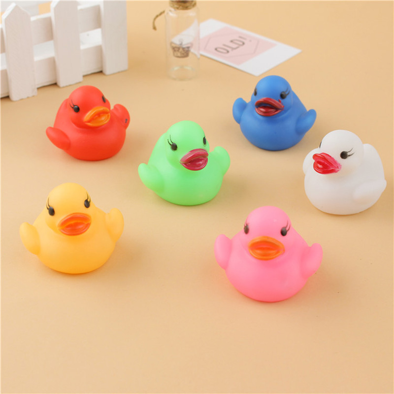 6Pcs/Set Cute LED Flashing Light Floating Duck Bath Tub Shower Rubber Toy For Kids YH-17