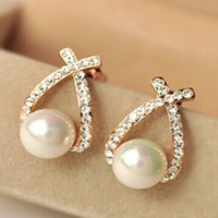Nice shopping!! 2015 Fashion Gold Crystal Stud Earrings Brincos Perle Pendientes Bou Pearl Earrings For Woman
