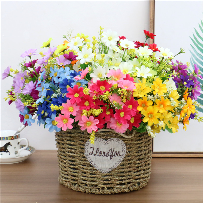 Cute Silk Daisy Artificial Flower With One Bouquet 7 Branch 28 Heads For Wedding Decoration