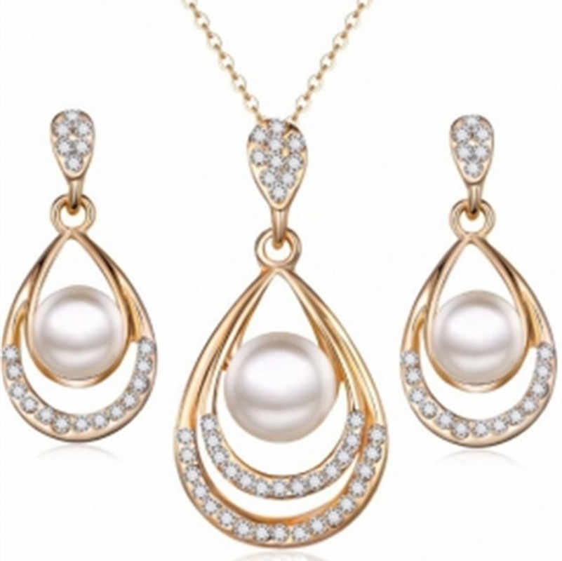2018 New Jewelry Set Pearl Water Drops Necklace Ear Studs Set Stud Earrings earrings for women wholesale