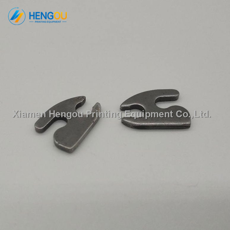 UNI T UT T05 gas thermocouple range 50 to 900 degrees for air or gaseous temperature