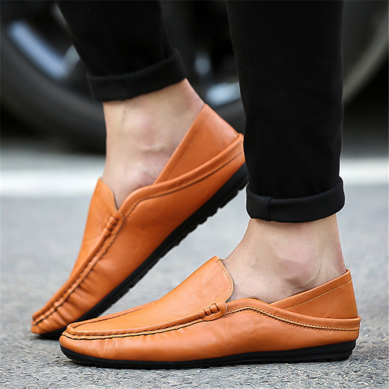 Italian Leather Men Casual Shoes Luxury Brand Mens Loafers Moccasins Breathable Slip On Black Driving Shoes Soft Flats 2019 New