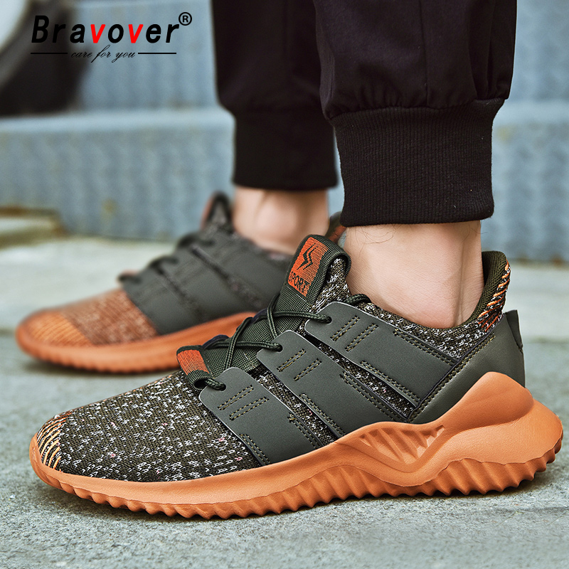 Sport Mesh Ultra Lightweight Breathable Athletic Running Walking Gym Shoes Men Mesh Lace Up Sneakers