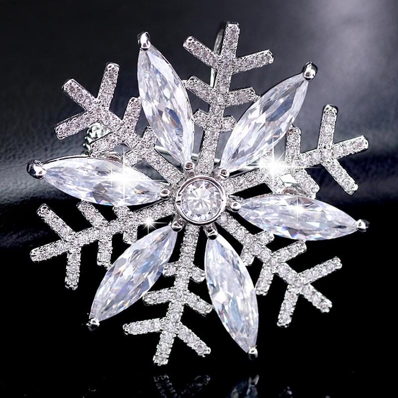 Snowflake Sash Brooch Winter Wedding Brooch Bouquet Brooches Crystal Snowflake Brooch Silver Rhinestone Snowflake Pin Bridal Brooch