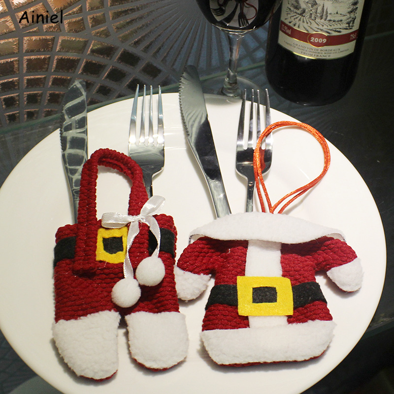 New Year Chirstmas Tableware Holder Knife Fork Cutlery Set Merry Christmas Decoration Santa Claus Style Cutlery Bag for Home