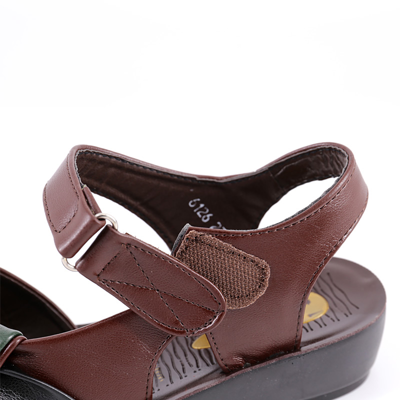 b5c2fc73496c Soft skin sandals comfortable shoes 2018 flat with mixed colors summer  women leather sandals-in Low Heels from Shoes on Aliexpress.com