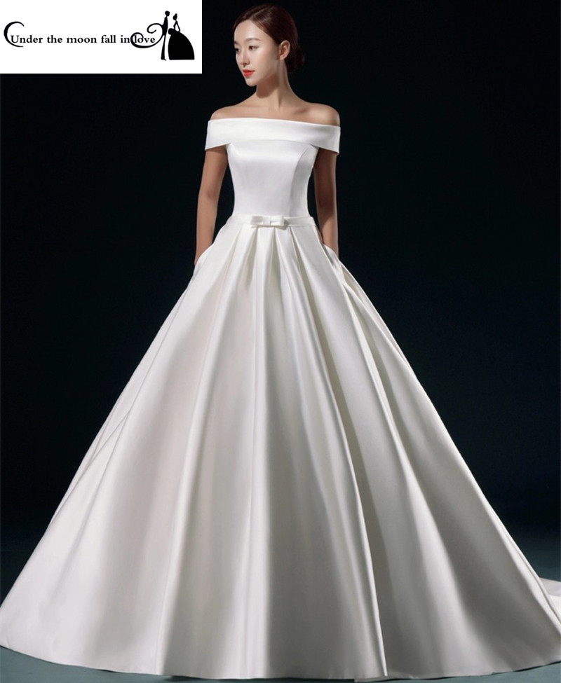 Elegant Silk Wedding Dresses With Sleeves: New Style Elegant Satin Short Sleeves Chapel Train Floor
