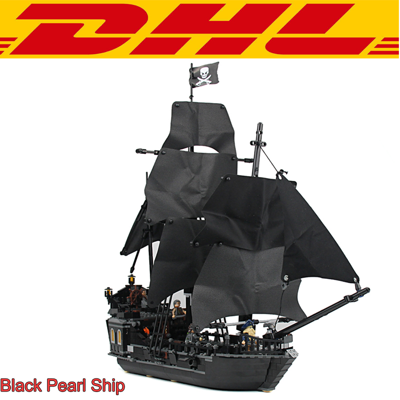 New 804Pcs Pirates Of The Caribbean The Black Pearl Ship Model Building Kits Blocks Brick Toys For Children Compatible With 4184 2017 new toy 16009 1151pcs pirates of the caribbean queen anne s reveage model building kit blocks brick toys