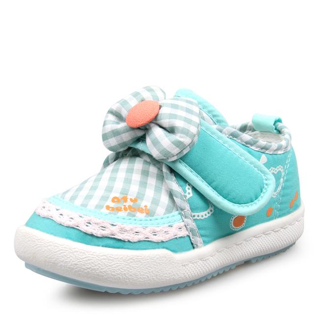 Zapatillas de lona Zapatos Del Bebé Recién Nacido Primer Caminante Zapatos de Bebé del Niño Mocasines Rubbler Único Calzado 503011