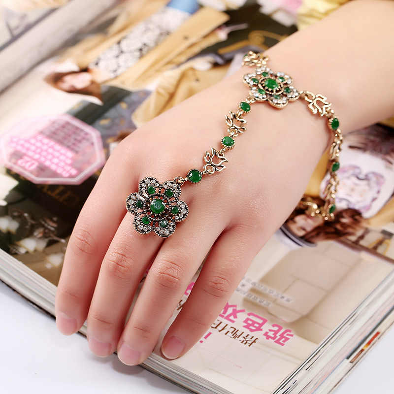 Vintage Fashion Exaggerated Hollow Out Flower Bracelet Women Bohemia Bracelet With Finger Turkish Jewelry