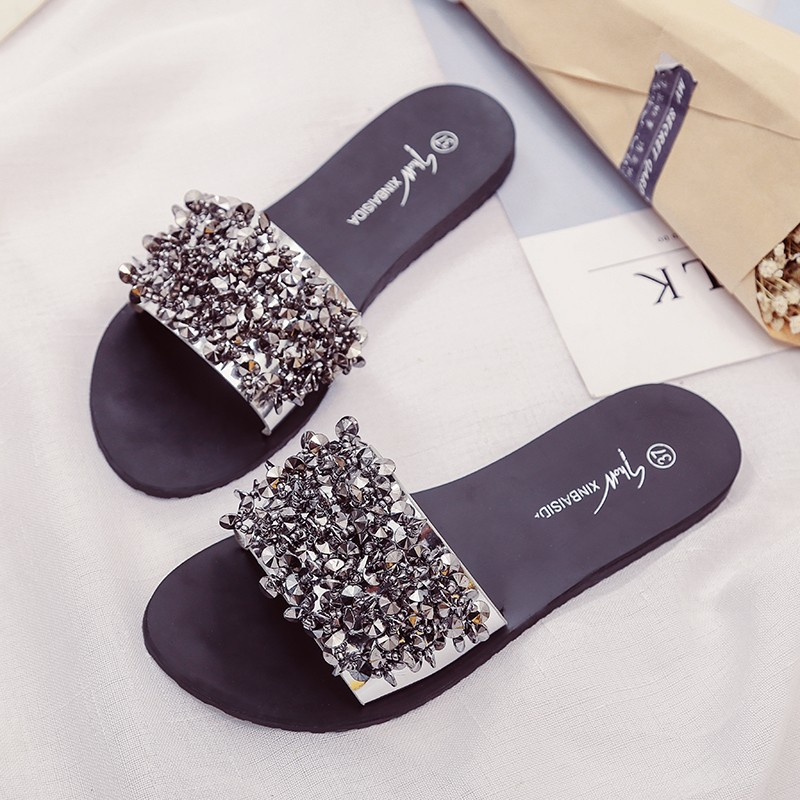 Silver Rhinestone Slippers Women Slides Summer Beach Fashion 2018 Sandals Rivet Casual Flats Ladies Shoes Sandals Shiny 6cm high heels women slides ladies slippers sandals flips flops 2018 summer beach platform shoes woman fashion comfortable flats