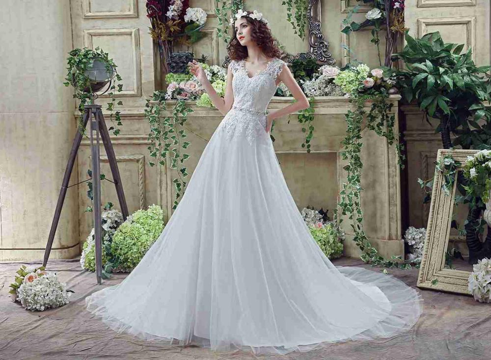 Applique White Ivory Wedding Dresses Sweetheart Beading Sash Bridal Dress 2019 Covered Button Boho