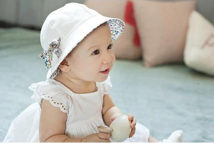 a9c5cf1f3bfda ... Caps Sun Bucket Hats Double Sided Can Wear Product category  fisherman  hat. Applicable gender  girl. Applicable age range  1-4 years old children