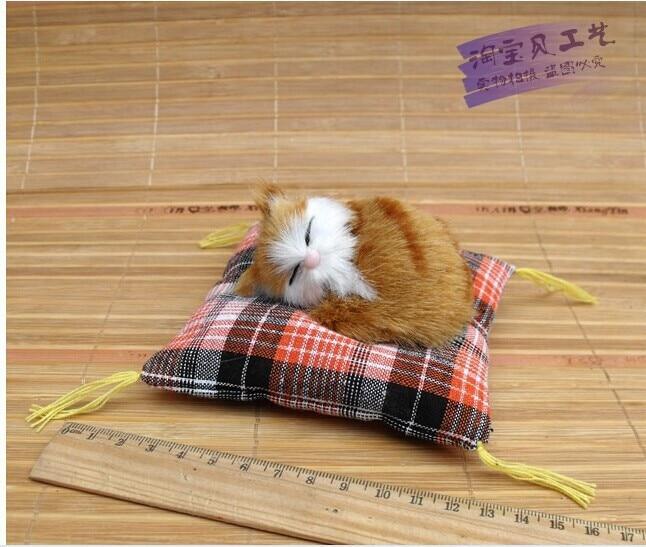 majhna luštna rumena simulacija mačka igrača mini spalna mačka lutka okraski avtomobila darilna lutka približno 10cm 0765